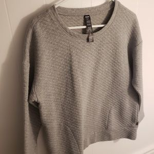 RBX | NWOT Gray Quilted Sweatshirt
